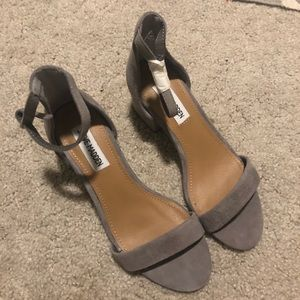 Shoes - Steve Madden heeled sandals